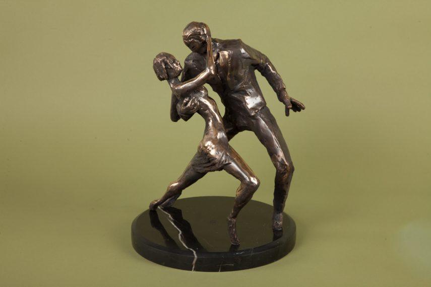 Tango tantsijad I 2012, 40x30x30 2400€